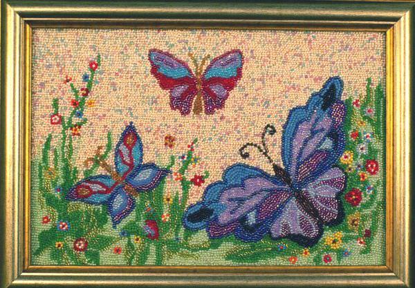 Бабочки вышитые бисером