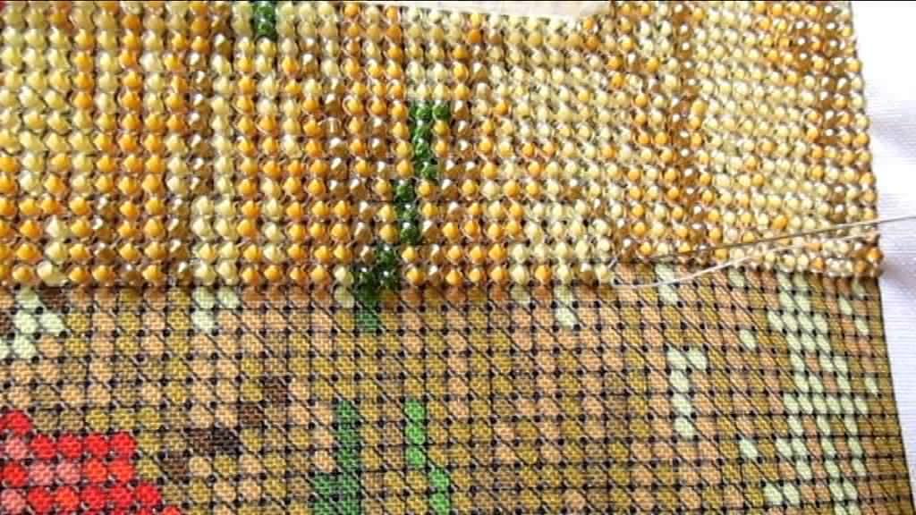 Вышивка бисером в процессе