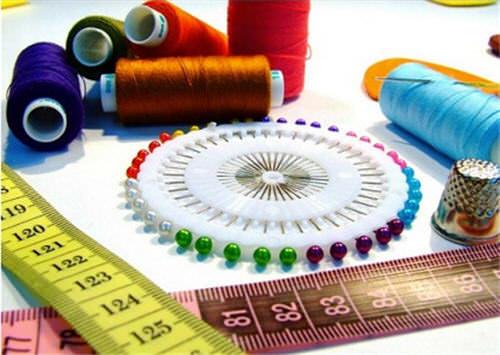 Как обработать низ у вязаного платья
