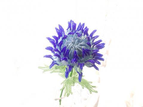 Цветок астры из бисера