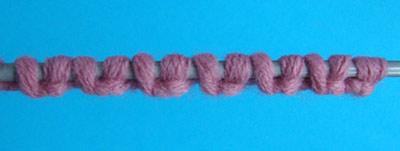 Вязание или вышивание при котором петля заходит за петлю 56