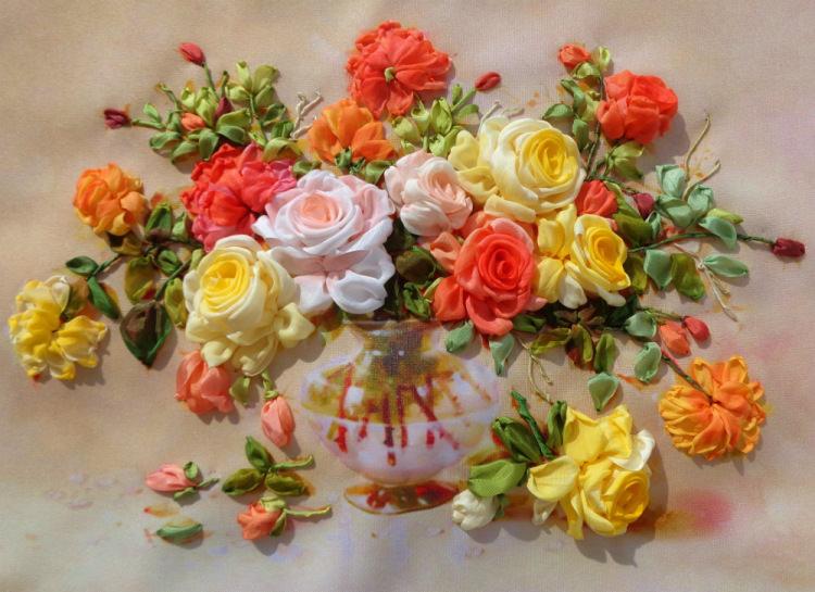 вышивку цветочков из лент