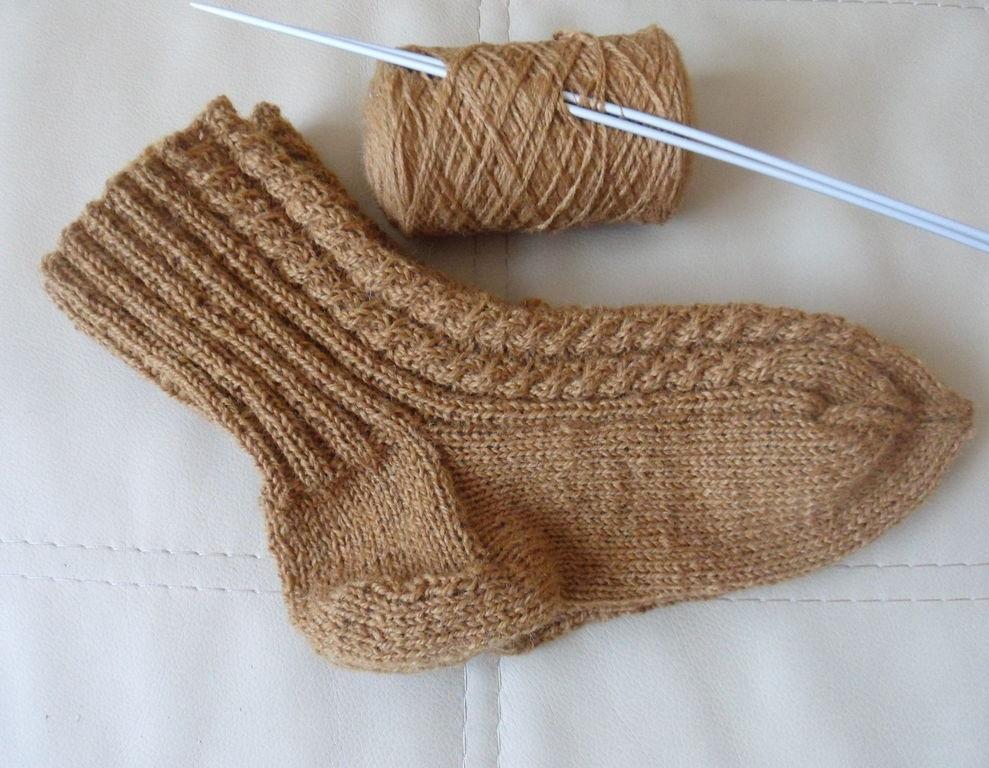 Вязание носок с косами 833