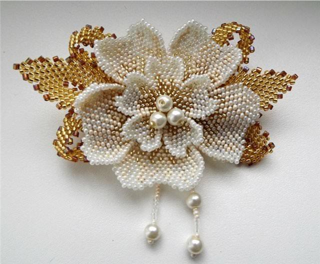 Изделия из бисера деревья цветы 127