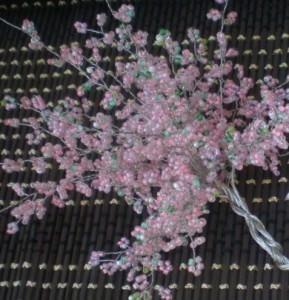 Плетение цветущей сакуры из бисера