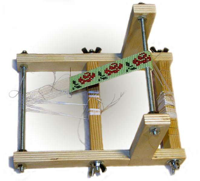 Маленький станок для плетения