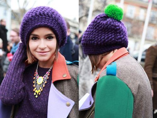 Вязаные объемные шапки спицами и модели крупной вязки