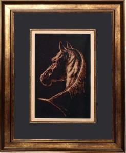 Лошадь вышитая монохромом
