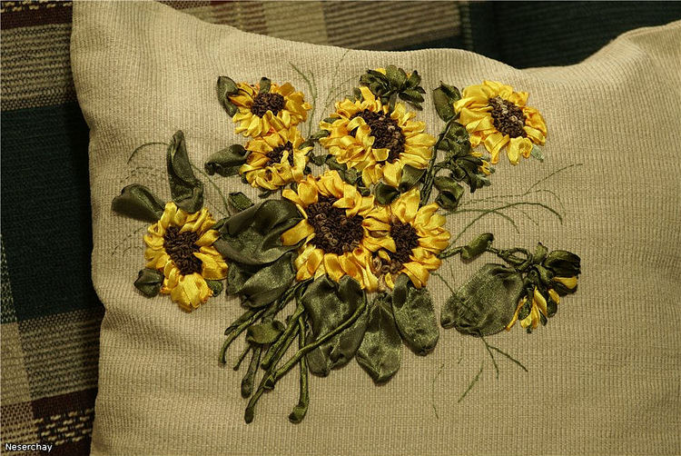 Рисунки для вышивки лентами на подушках