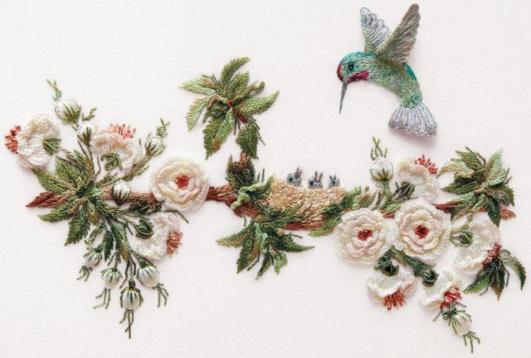 Объемная вышивка птица