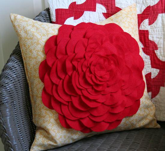 Декор диванной подушки своими руками фото 497