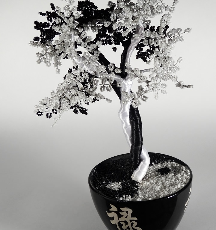 Инь-янь из бисера дерево в двух цветах мастер-класс