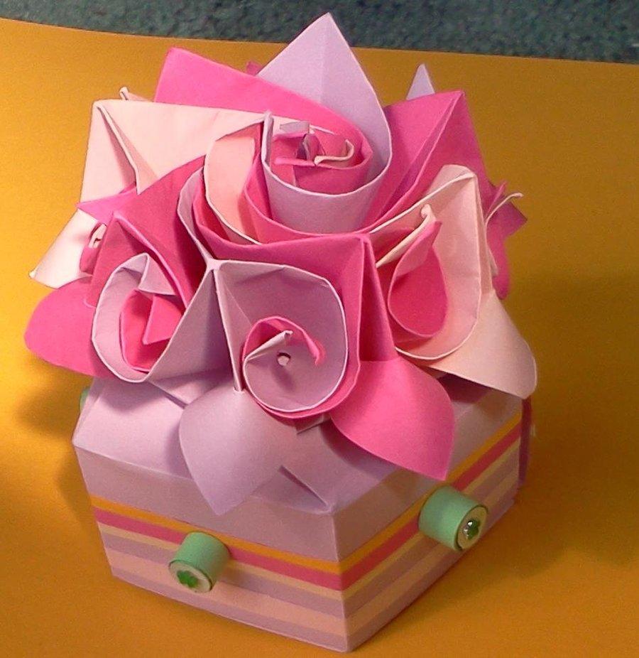 Оригами в открытке на день рождения