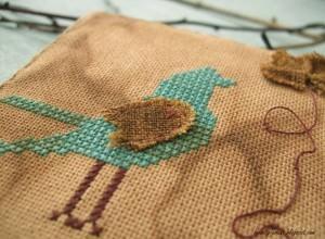 Окрашиваем канву к помощью чая и кисточки