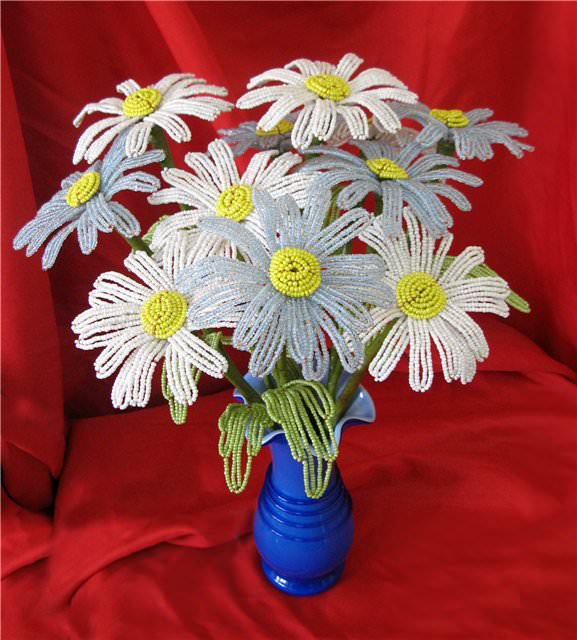 Ромашка из бисера Полевые цветы из бисера