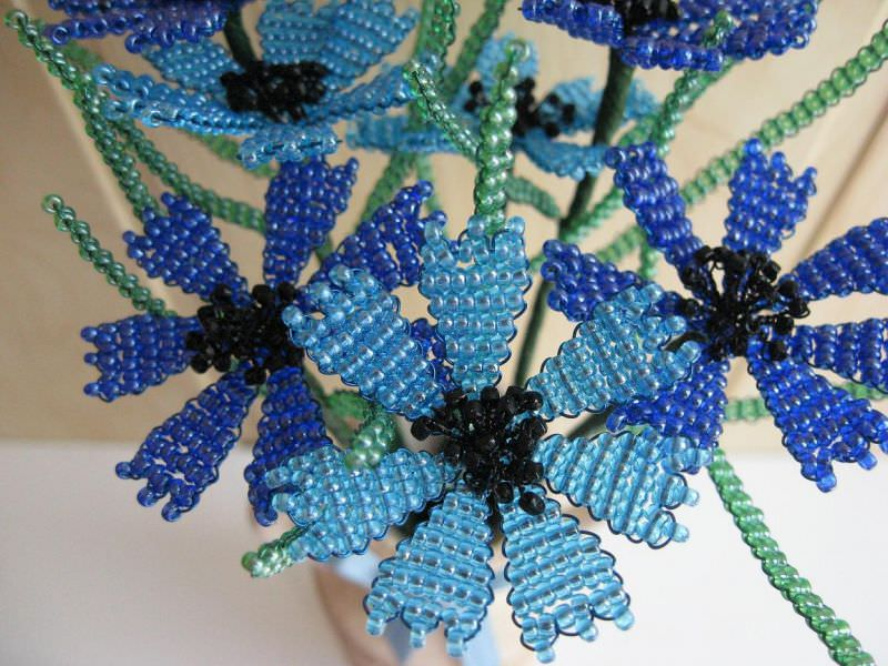 Плетение из бисера василек мастер класс