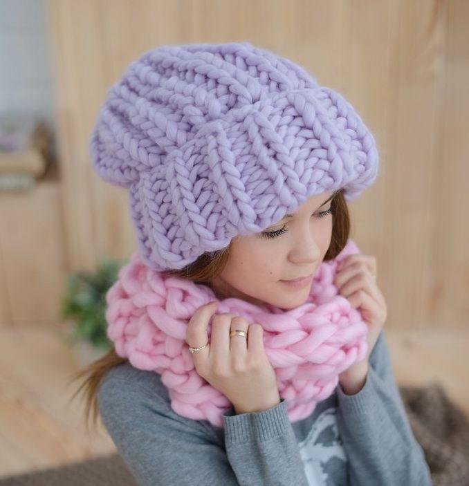 vjazanye_objomnye_shapki_16 Как связать шапку спицами для женщины: новые модели