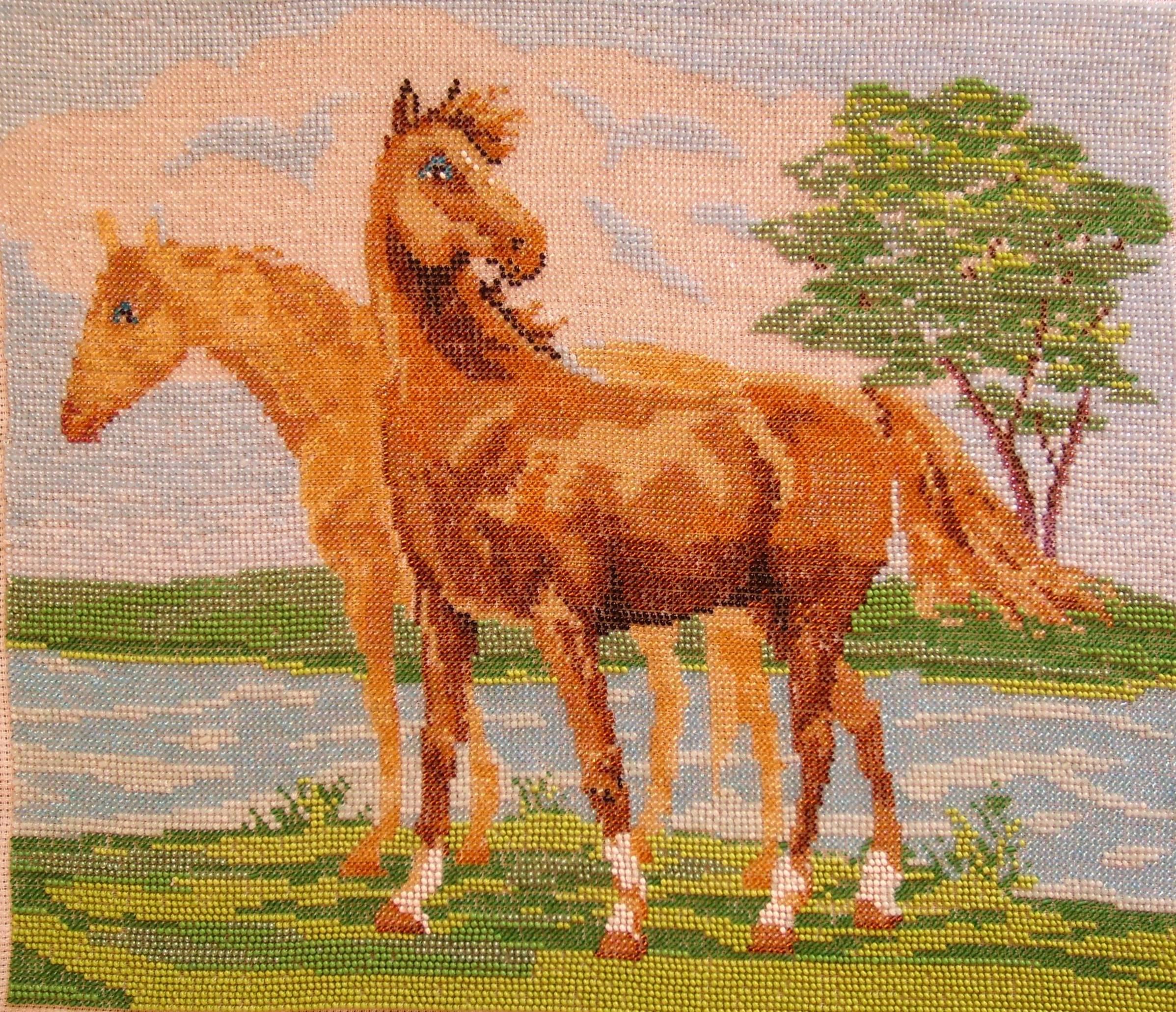 Вышивка картины бисером лошади